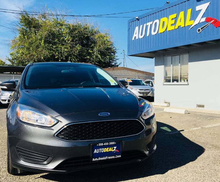 Pre-Owned 2016 Ford Focus SE 4dr Hatchback