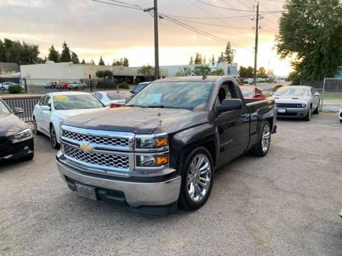 Pre-Owned 2014 Chevrolet Silverado 1500 LT Pickup 2D 6 1/2 ft Rear Wheel Drive Pickup Truck