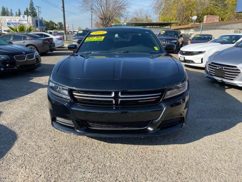Pre-Owned 2015 Dodge Charger SE 4dr Sedan Rear Wheel Drive Sedan
