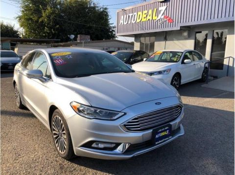 Pre-Owned 2017 Ford Fusion SE 4dr Sedan Front Wheel Drive Sedan