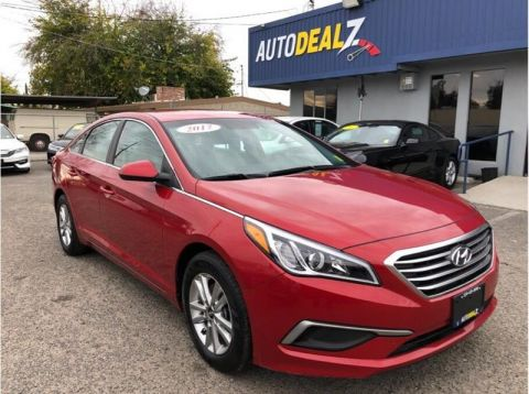 Pre-Owned 2017 Hyundai Sonata Sedan 4D Front Wheel Drive Sedan