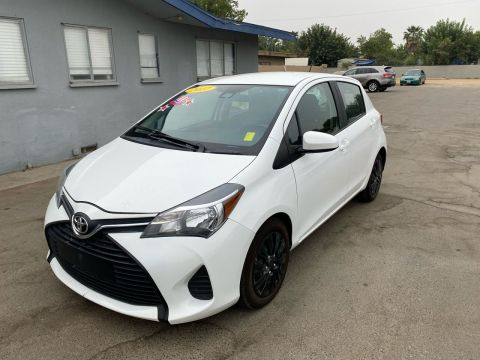 Pre-Owned 2017 Toyota Yaris L Hatchback Sedan 4D